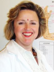 Gisela Norman - Chippenham Natural Therapy Centre - Acupuncture Clinic in the UK