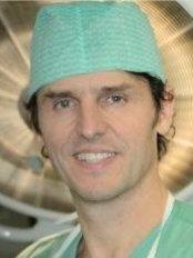 Dr. Patrick Dedoncker - Vilvoorde - Klinik für Plastische Chirurgie in Belgien
