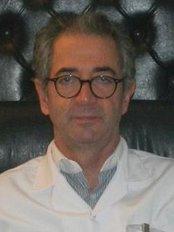 Prof. Dr. Ahmet Seyhan - Plastic Surgery Clinic in Turkey