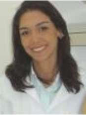 Dr. Priscila Barreto - Dental Clinic in Brazil