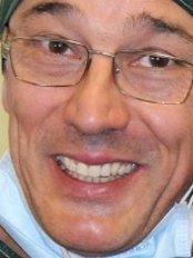 Dottor Diego Bonaudo - Dental Clinic in Italy
