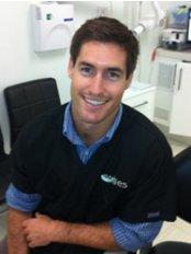 Smiles at Waterloo - Dr Sam Spencer