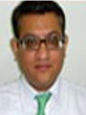 Dr.Rajan Tondon - Medical Aesthetics Clinic in India
