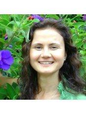 Kamilla Harra - Kamilla Harra - Kinesiologist, Nutritional Coach, Sound Healer, Energetic psychologist