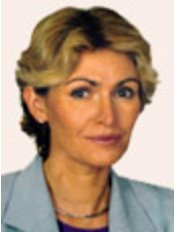 Dr.  Margaret Keller Skomska - Plastic Surgery Clinic in Poland