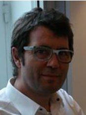 Rhinoplastie-Carlotti - Plastic Surgery Clinic in France
