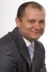 Dr Jhon Cesar Gómez Florez Cirujano Plástico - Plastic Surgery Clinic in Mexico