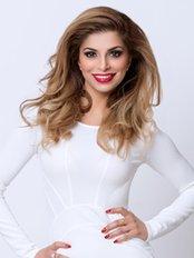 Dr Anita Dhunna - Beauty Salon in the UK