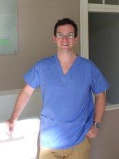 Scottish Denture Clinic - Mr Robert Leggett