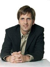 Dr. Freidrich Pullmann Plastic Surgery - Plastic Surgery Clinic in Germany