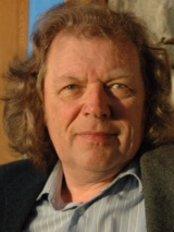 Clinig Ceiropracteg - Steve Mack Smith. Gwynedds most experienced Chiropractor