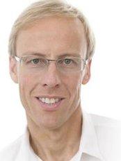 Dr. Med. Dirk Tschauder - Medical Aesthetics Clinic in Germany