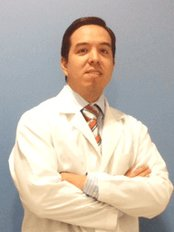 Dr Hans Heinicke-Madrid - Hair Loss Clinic in Spain