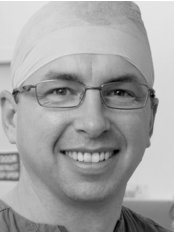 Dr Cameron Mackay - Plastic Surgery Clinic in Australia