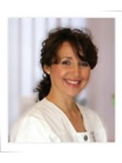 Fixby Osteopathic Practice - Fixby Osteopathic Practice - Nina_Victoria_Gallagher