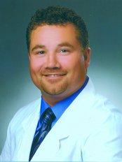 Parkland Denture Clinic - Mr Brad Kulcsar