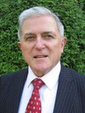 Dr Ciaran Bent - Dundrum Medical Clinic - Dr Ciaran Bent