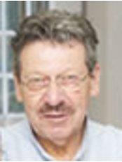 Dr. Med. Dent. Marcel Rottenberg - Dental Clinic in Switzerland