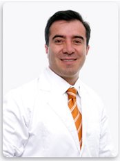 Fredy Hernandez-Bogotá - Plastic Surgery Clinic in Colombia