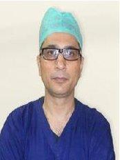 Transplant Hair In Delhi - Hair Loss Clinic in India