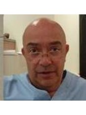 Dr. António Amado - Ginecologia and Obstetrícia - Obstetrics & Gynaecology Clinic in Portugal