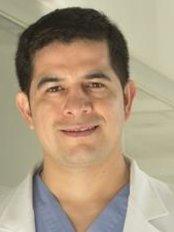 Cirugía Plástica Dr.Ismael González - Plastic Surgery Clinic in Mexico