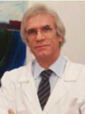 Clínica de Dermatologia Dr. Fernando Ribas - Dermatology Clinic in Portugal