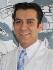 Jlm, Cirujano Plástico - Plastic Surgery Clinic in Mexico