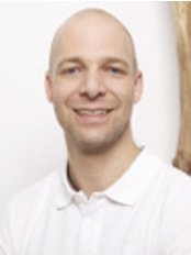 Dr. Viktor M. Ribisch - Dental Clinic in Austria
