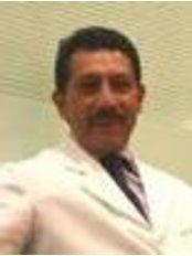 Clínica de Especialidades en Cirugía Plástica - Plastic Surgery Clinic in Mexico