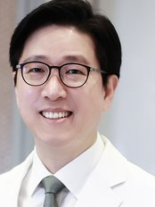 Double U Plastic Surgery - Plastic Surgery Clinic in South Korea