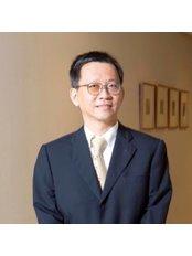 Singapore Orthopaedic Centre - Dr Mathew Tung   Neurosurgeon