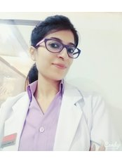 Berkowits Hair & Skin Clinic(Connaught Place) - Dr. Nanacy