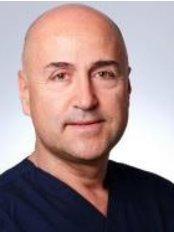 Prof. Dr. Ömer Kutay - Zahnarztpraxis in der Türkei