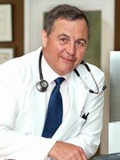 Silhouette Cosmetic Laser Clinics - Dr Claudio DeLorenzi