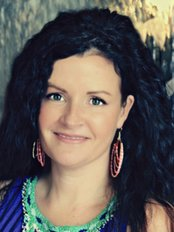 Dr Marcia Hartt - Medical Aesthetics Clinic in Canada