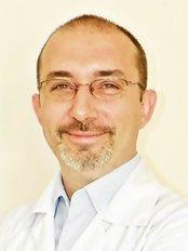 Op. Doktor Cüneyt Barut / Kadın Doğum ve Tüp Bebek - Fertility Clinic in Turkey