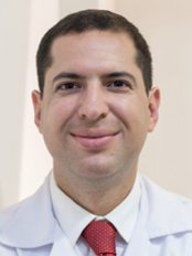 Dr. Pablo Solis - Plastic Surgery Clinic in Costa Rica