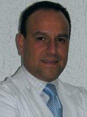 Especialistas en Salud Bucal - Dental Clinic in Mexico