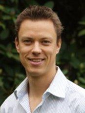 Mark Walles Chiropractic - Dr Mark Walles (Doctor of Chiropractic)