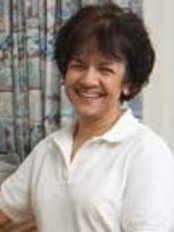 Nilufer Shaw - Chartered Physiotherapist for North Devon - Physiotherapy Clinic in the UK