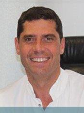 Professor Guillaume Odin - Dental Clinic in France