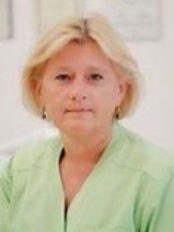 AW.Dent Warschau - Zahnarztpraxis in Polen