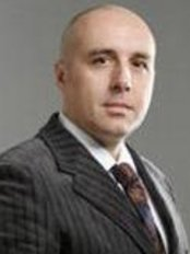 Dr hab. n. med Jerzy Jankau  Swissmed - Plastic Surgery Clinic in Poland