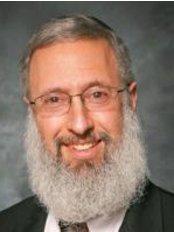 Dr. Binyamin Rothstein - Jerusalem - Osteopathic Clinic in Israel