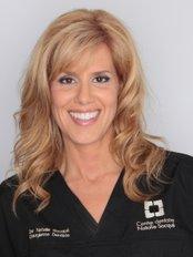 Centre Dentaire et Implantologie Natalie Socqué - Dental Clinic in Canada