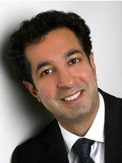 Mona Lisa Smiles - Dr Khosro Basirat