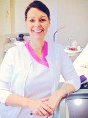 Clinic 21 - Mrs Karen, Laser Specialist