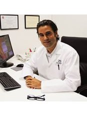 Dr Enrique Carmona Madrid - Hair Loss Clinic in Spain