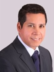 Dr.Gino Llosa - Plastic Surgery Clinic in Peru